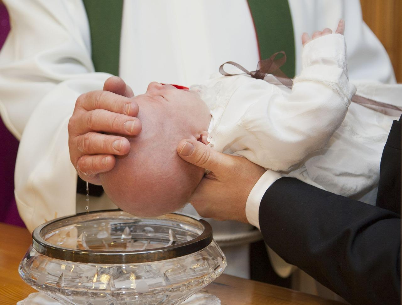 Pg Maria Hilf Wasserlosen Taufe